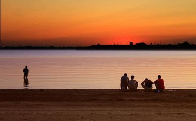 Хорошо сидим, мужики Рыбалка закат спорт отдых