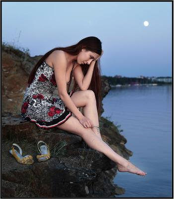 Не пришёл... свидание озеро луна одна