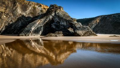 cave пляж скалы