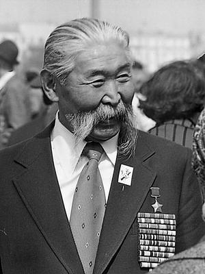 Герой Советского Союза Городовиков Б. Б.!