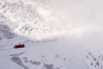 Швейцария швейцария поезд горы облако