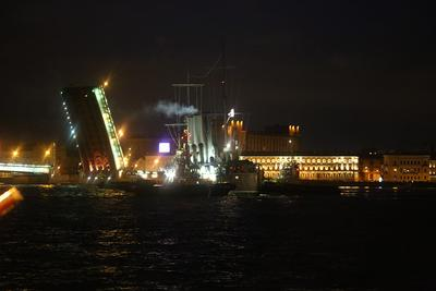 Разворот у Литейного моста