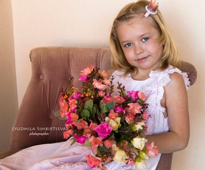 Весеннее настроение 2 цветы девочка