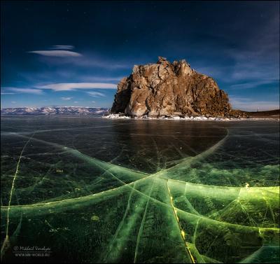 Ночной Байкал Россия Байкал ночь отражение лёд трещины узоры