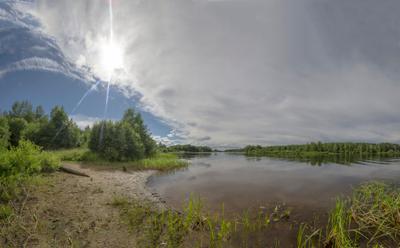 Скоро скроется...! Вологодчина облака небо панорама погода солнце речка Суда