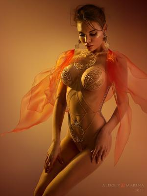 Роскошь лета. Июль. лето роскошь тело чувственность нежность украшения девушка красота восток жара золото красный
