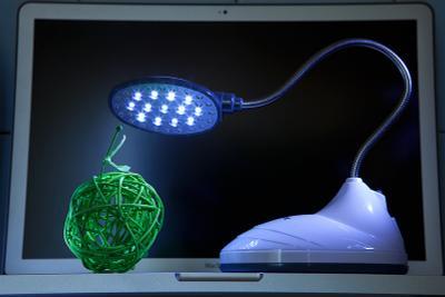 *** лампа, шарик