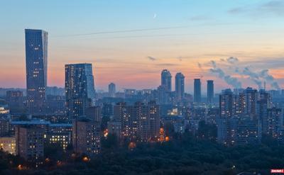 Дом на Мосфильмовской город закат мосфильмовская москва руфинг крыши ontheroofs лето вечер