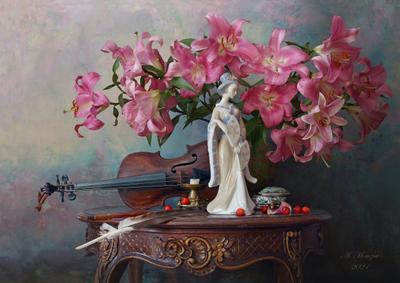 Натюрморт со скрипкой и лилиями цветы девушка скульптура скрипка лилии
