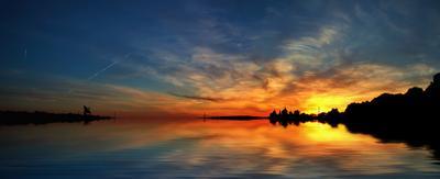 Закатная лето вечер закат небо облака вода отражение тишина два берега summer evening sunset sky clouds water reflection quiet