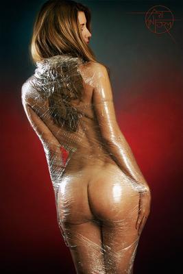 Упакованная Nude Fetish BDSM Packed Girl Flare