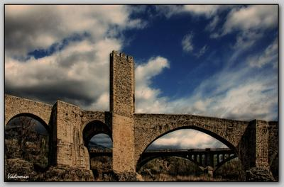 ~~~ Римский мост ~~~ Бесалу Испания мост ворота Besalu Spain vakomin