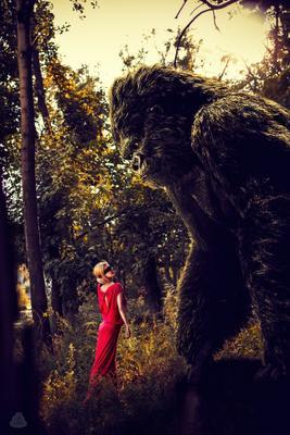 *** Одесса киев львов тернополь портре сьёмка люди ветер девушка обезьяна