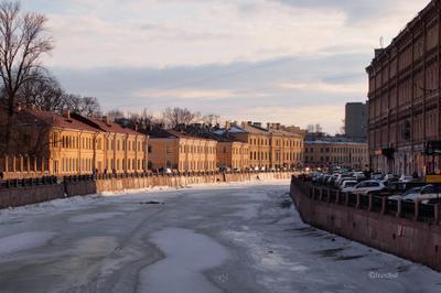 Городские зарисовки  набережная реки Мойка Санкт-Петербург
