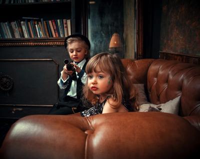 Эрика и Лев Студийный портрет Арт детский фотосессия