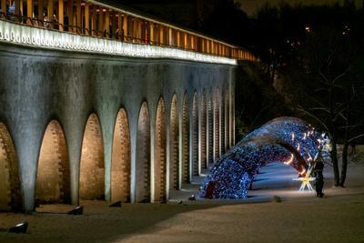 Новогодний акведук антонмазаев antonmazaev moscow москва вечер ночь зима новыйгод подсветка акведук город