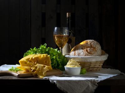 *** вино,сыр,хлеб