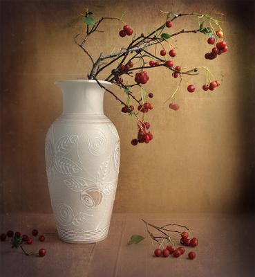 С ягодами боярышника осень, ягоды, ваза, боярышник, натюрморт