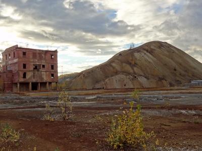 Мёртвая зона путешествия терриконы Дегтярск экология катастрофа