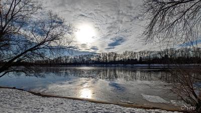 *** река небо солнце