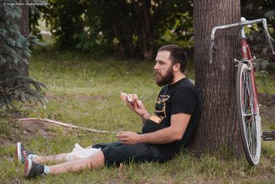 Обед Шнурова lunch picnik обед пикник природа трава сосиска grass summer лето велосипед bike