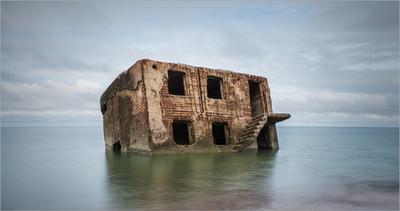 Батарея... Лиепая северный форт батарея развалины руины море берег