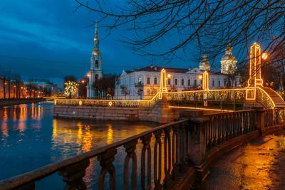 Предрождественские огни двадцатого года Санкт-Петербург вечер река отражение храм