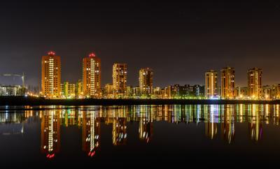 City in the mirror Красноярск ночной город