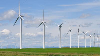 индустриальный пейзаж ветроэлектростанции