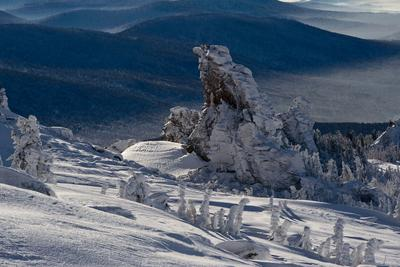 Pro царство Снежной королевы (4) Царство Снежная королева скалы кедры снег иней зима Сибирь Горная Шория Шерегеш