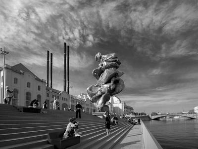БОЛЬШАЯ ГЛИНА № 4 Москва скульптура БОЛЬШАЯ_ГЛИНА_ 4 Урс_Фишер ГЭС-2 музей современного искусства