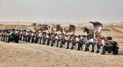 Идут железные кони пустыня железные кони
