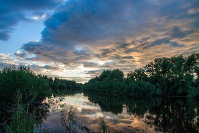 Evening вечер река закат небо облака деревья