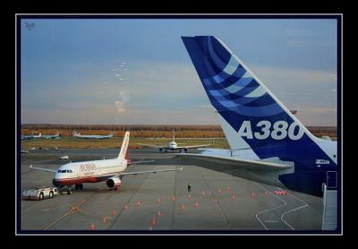 перрон аэропорт, Домодедово, самолеты, а380