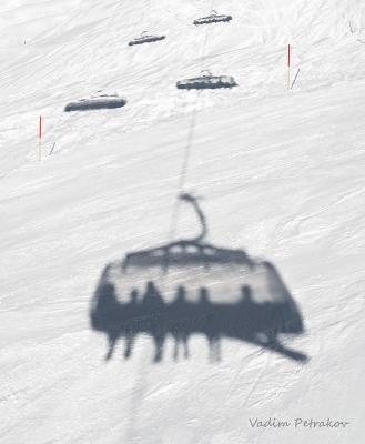 Ностальгия Горы горные лыжи зима снег отдых курорт тень силуэт подьёмник лифт Австрия Майерхофен элеватор кресельный отпуск