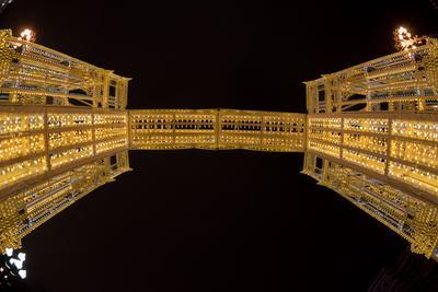 Мост арка зима путешествие в рождество тверская новый год светодиоды город