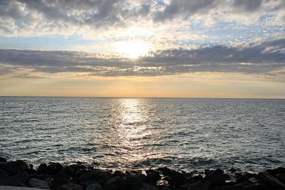Вечер у моря море вечер солнце облака