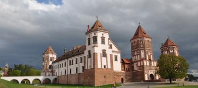 Мирский замок замок природа небо музей