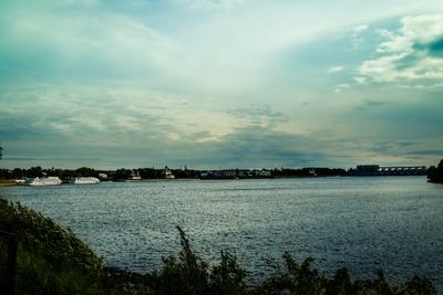 берег Волги в Угличе Углич набережная река Волга