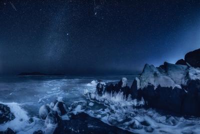 *** ночь море скалы зима лёд