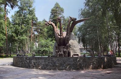 Будущий фонтан Кощей Бессмертный Змей Горыныч Новосибирск