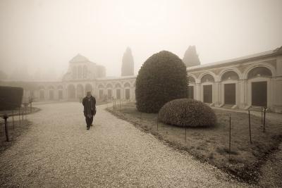 Вот такой я увидел Венецию. Остров-кладбище Сан-Микеле, где похоронены многие деятели культуры из России. В том числе Иосиф Бродский, а недавно похоронили и Петра Вайля