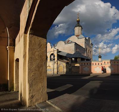 Смоленск, ул.Большая Советская. 2012 год. Смоленск Троицкий Монастырь