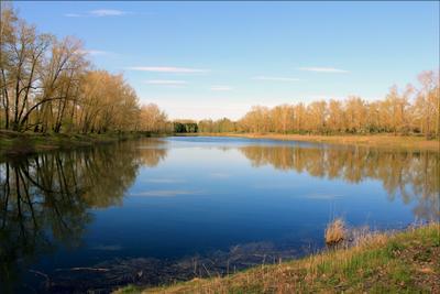 Озеро на острове Озеро остров Енисей