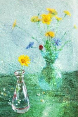С васильками синее желтое зеленое иннамеркиш