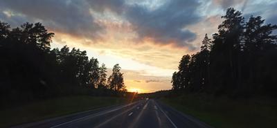 Навстречу закату Закат дорога небо солце