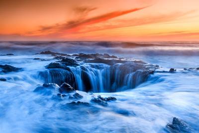 Колодец в преисподнюю oregon thor well usa coast sea waves gate underworld sunset