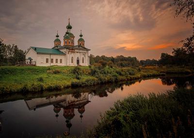 Олонец, сентябрь 2018 путешествия Карелия авто приключения архитектура церковь остров
