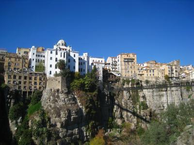 Константина - город висячих мостов. Алжир пейзаж скалы дюны песок