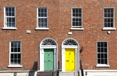 *** Фасад цветные двери Ирландия Дублин